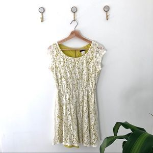 FIRE LOS ANGELOS off white floral lace dress small